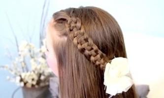 Ажурна четирехпрядная коса