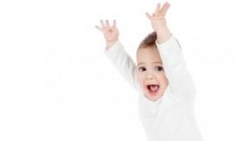 Що в рік повинен вміти дитина?