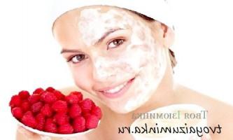 Десять масок для обличчя з ягід для всіх типів шкіри