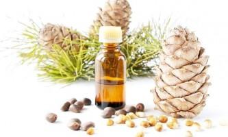 Два типу кедрової олії, їх властивості та застосування в домашньому догляді за волоссям