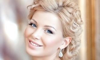 Фотографії кращих весільних зачісок з коротким волоссям