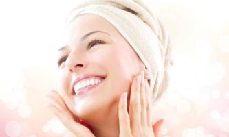 Використовуємо маску для жирної шкіри, очищаємо обличчя