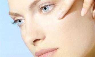 Як позбутися від плям від прищів на обличчі?