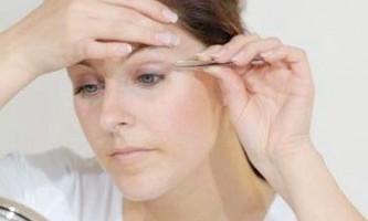 Як правильно вищипнути брови без допомоги фахівців