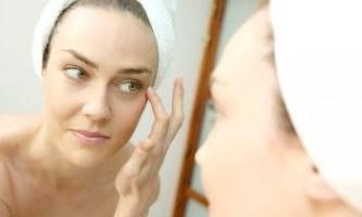 Методи боротьби з гусячими лапками навколо очей