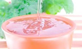 Натуральне ефірне масло чайного дерева: корисні властивості
