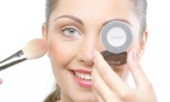 Кілька порад як приховати недоліки шкіри обличчя