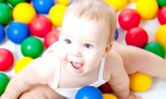 Особливості розвитку дитини у віці 6 місяців