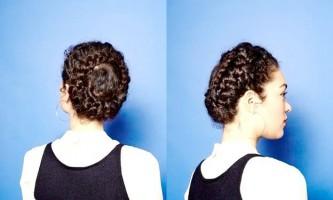 Зачіски на довге кучеряве волосся