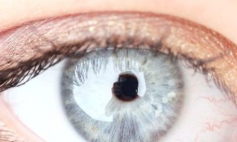 Причини набряку верхньої і нижньої повіки очей