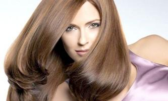 Причини сильного випадання волосся у жінок