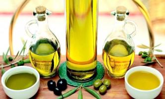 Застосовуємо олія оливкова для збереження краси волосся