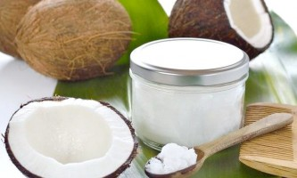 Перевірена користь домашніх масок з кокосовим маслом для волосся різних типів