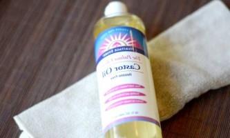 Перевірена користь касторової олії для густих і міцних волосся