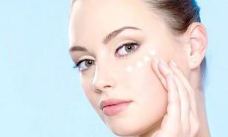 Перевірені правила догляду за шкірою повік і навколо очей і кращі домашні маски