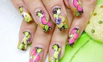 Уроки гелевого нарощування нігтів