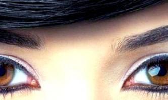 Створення денного макіяжу для брюнеток з карими очима