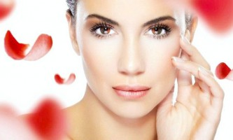 Догляд за шкірою обличчя за допомогою масок з касторовою олією