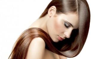 Відновлюючі маски для волосся з масла волоського горіха