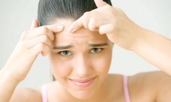 Жировики на очах або особі: причини, як позбутися